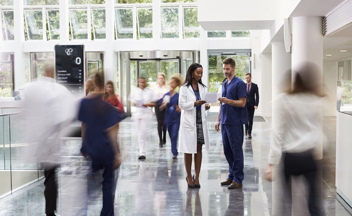 How Digital Signage Solutions Improve Hospital Communication